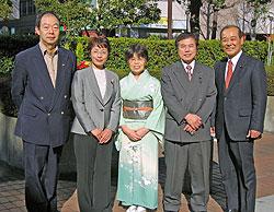 左から、大貫憲夫、白井正子、関美恵子、河治民夫、中島文雄議員