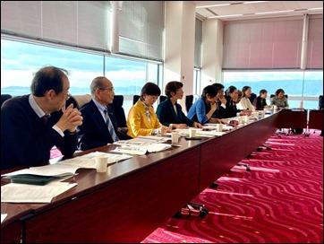 大阪市のIRカジノについてレクチャーを受ける党横浜市議団